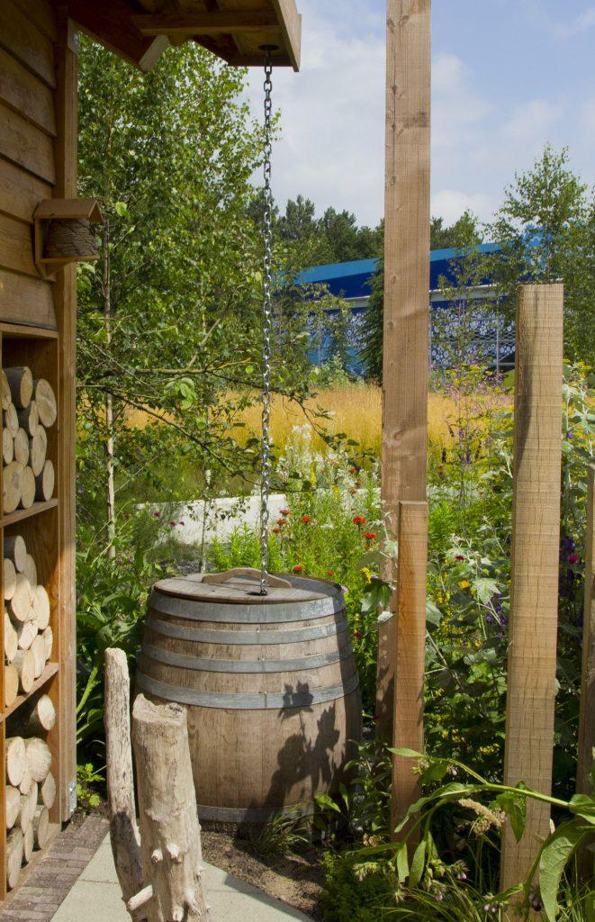 Stadstuin huisje boompje beter for Klein vijvertje aanleggen